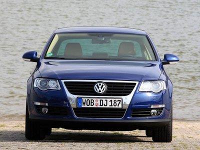 Родившийся в Вольфсбурге седан среднего класса имеет ширину 1,82 метра и высоту 1,457 метра.