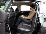 Удлиненная на 65 мм колесная база предоставляет пассажирам свободу движений — как на передних, так и на задних сиденьях.