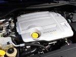 Дизель Renault темпераментный и тихий, правда, к тому же прожорливый.