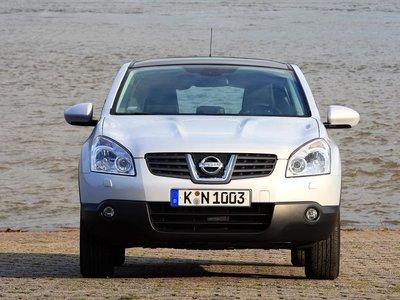Передняя часть Nissan