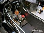 Аккумуляторная батарея в салоне Mazda FD3S RX-7