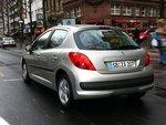 Меньше всего зарекомендовала себя бесчувственная и медлительная коробка передач Peugeot.