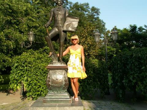Памятник Дерибасу.