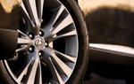 Тестируемый автомобиль был укомплектован 19-дюймовыми колесными дисками, которые будут опцией, когда RX 450h потупит в продажу.