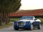Drophead Coupe обут в огромные шины Michelin-PAX.