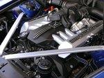 460-сильный 12-цилиндровый двигатель BMW очень мощный, грамотный и тихий.