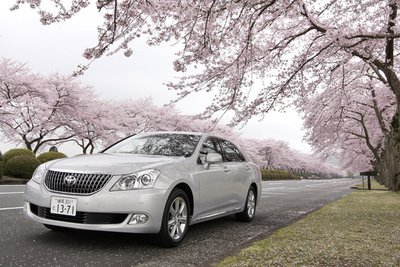 Toyota Crown Majesta G Type F Package