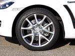 RX-8 обута в 18-дюймовые колеса.