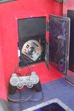 Игровая приставка PlayStation в левой нише багажника Civic вызывала постоянный и неподдельный интерес посетителей БМШ — от желающих поиграть просто не было отбоя.
