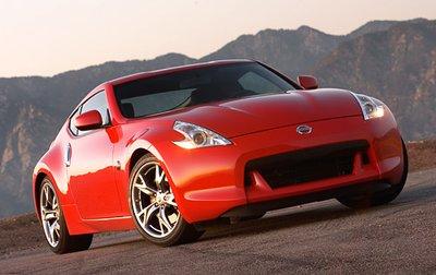 Дизайнер Nissan Рэнди Родригез сказал, что при создании машины его вдохновляла передача по каналу Discovery под названием «Неделя акул».