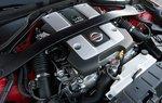 Новый 3,7-литровый V6 серии VQ развивает 332 л.с. и 366 Нм крутящего момента.