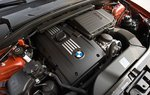 Твинтурбовый 3,0-литровый рядный 6-цилиндровый мотор мощностью 300 л.с. развивает 406,7 Нм крутящего момента.