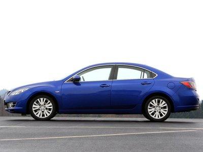 Длина Mazda составляет 4,75 метра, колесная база — 2,72 метра.