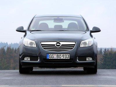 Высота Opel составляет 1,49 метра, так что это самый высокий автомобиль среди участников теста.