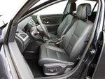 Renault имеет удобные сиденья с удовлетворительной боковой поддержкой.