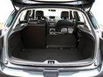 Асимметрично разделяемая спинка заднего сиденья в Renault включена в базовую комплектацию.