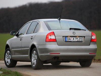 Под оболочкой чешского седана с наклонной кормой скрывается техническая начинка VW.
