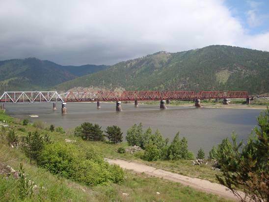 Железнодорожный мост через Селенгу.