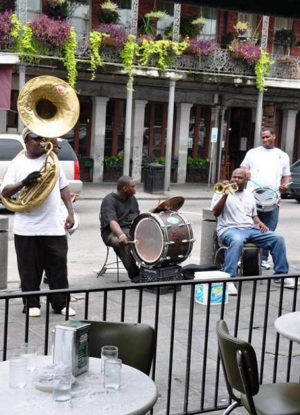 По количеству уличных музыкантов на единицу городской площади Новый Орлеан – впереди планеты всей