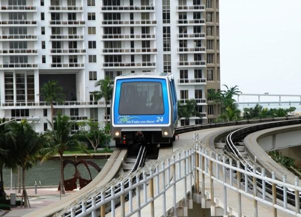 Метромувер – оригинальное транспортное средство в Майами с полностью автоматическим управлением