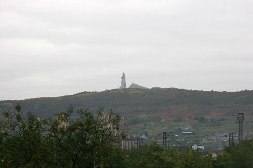 Вид на памятник Алеше.