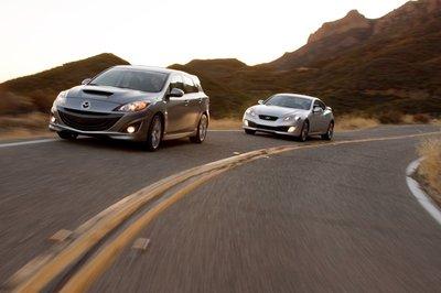 Высокие скорости — это та область, где Mazdaspeed3 затмевает GenesisCoupe.