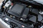 Турбированная рядная четверка Mazda с прямым впрыском топлива объемом 2,3л в 2010году осталась практически без изменений. Она выдает 263л.с. И 379Нм крутящего момента.