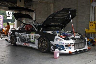 Ближайший соперник, Mitsubishi GTO от Pit Road M под управлением Самохана Накадзимы, отстал от него на 6 секунд.