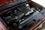 4,0-литровый V6 выдает 270л.с. при 5600об/мин, что на 10л.с. больше, чем 4,6-литровый V8, ставившийся на 4Runner 2009.
