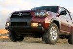 Стилистические решения заимствованы у Toyota FJ Cruiser.