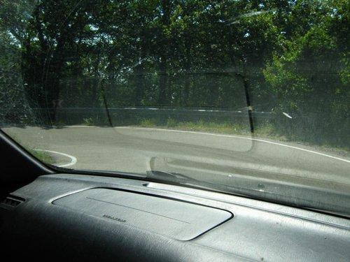 Спускаемся вниз. Дорога как обычно, с поворотами на 180.