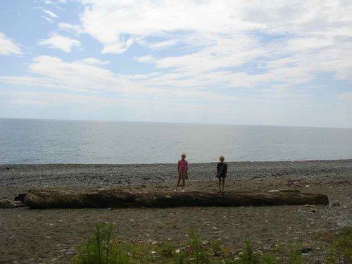 Берег моря близ Киндыга.