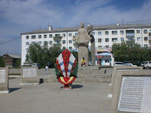 Центральная площадь Жатая. Когда-то здесь устраивали парад на 9 мая военнослужащие моей части.
