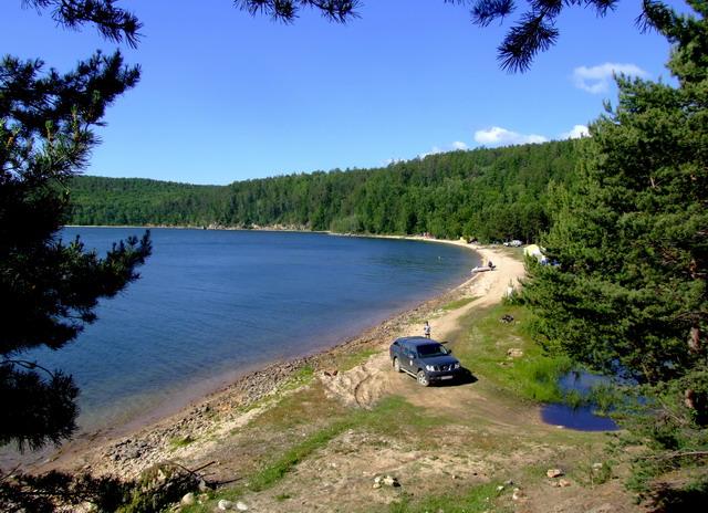 Бухта Сорожья — красивая, уютная территория, пляж песчаный с мелкими камнями.