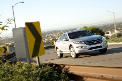 Honda построила Accord в кузове хэтчбэк и назвала его Crosstour