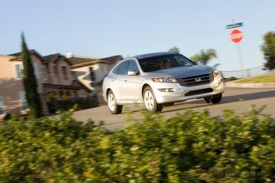 Для этой модели предлагается только 3,5-литровый V6
