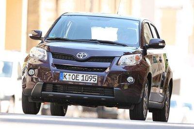 Toyota Urban Cruiser выражает принципы SUV в уменьшенном формате.