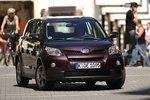 oyota Urban Cruiser желает соединить качества SUV и малолитражки.