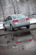 Chevrolet Cruze, вид сзади