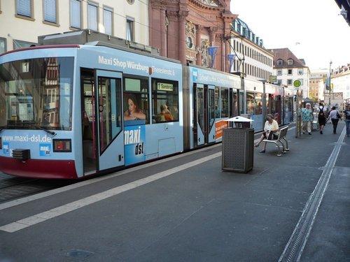 Wurzburg. Городской трамвай.