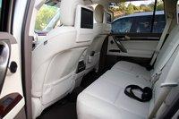 Второй ряд сидений в Lexus GX460