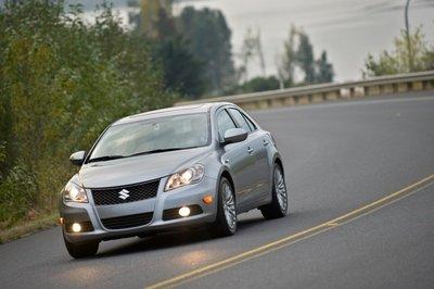 Suzuki потратил четыре года на разработку собственного среднеразмерного седана с нуля. Встречайте Suzuki Kizashi.