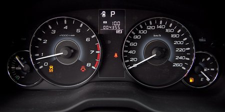 Subaru Legacy (приборная панель)