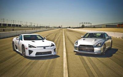 Lexus LFA и Nissan GT-R на драгстрипе