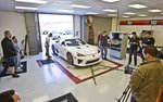 Lexus LFA в исследовательском центре компании K&N Air Filters