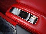 Lexus LFA. Положение кресла настраивается электромоторами