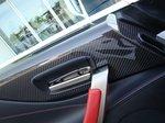 Lexus LFA. Вставки из карбона в обшивке дверей