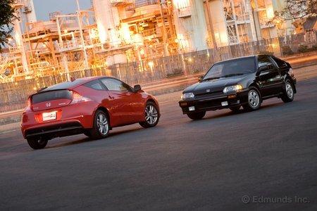 Honda CR-Z EX 2011 и  Honda Civic CRX Si 1987.