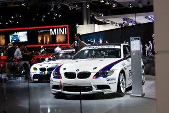 Стенд BMW
