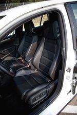 Кресло водителя в Volkswagen Golf GTI